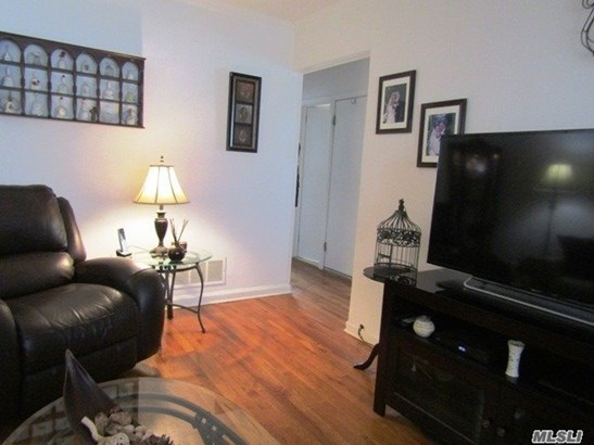 Residential, Cape - Floral Park, NY (photo 4)
