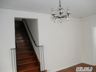 Rental Home, Colonial - Oyster Bay, NY (photo 5)