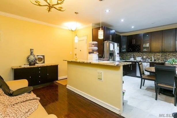 Co-Op, Residential - Elmhurst, NY (photo 3)