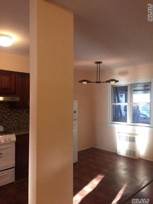 Rental Home, Colonial - Elmhurst, NY (photo 4)