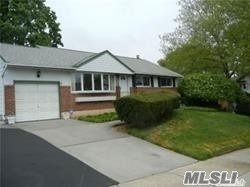 Residential, Ranch - Old Bethpage, NY (photo 3)