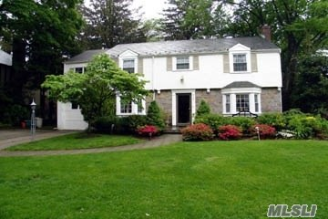 Rental Home, Colonial - Manhasset, NY (photo 1)