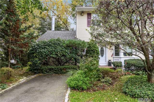 Residential, Condo - Woodbury, NY (photo 2)