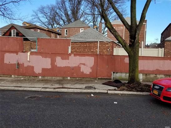 Lots and Land - Flushing, NY (photo 1)