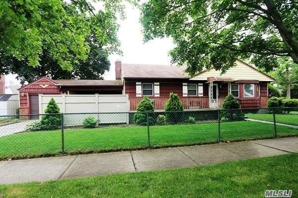 Residential, Ranch - Floral Park, NY (photo 1)