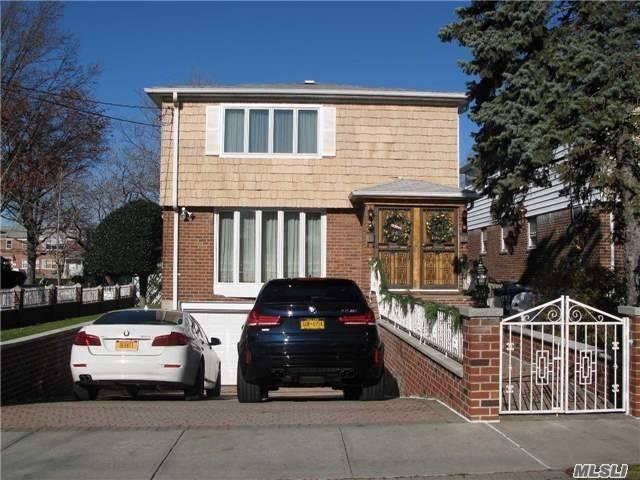 Rental Home, Colonial - Whitestone, NY (photo 1)
