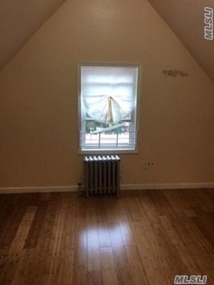 Rental Home, Cape - Jamaica, NY (photo 3)