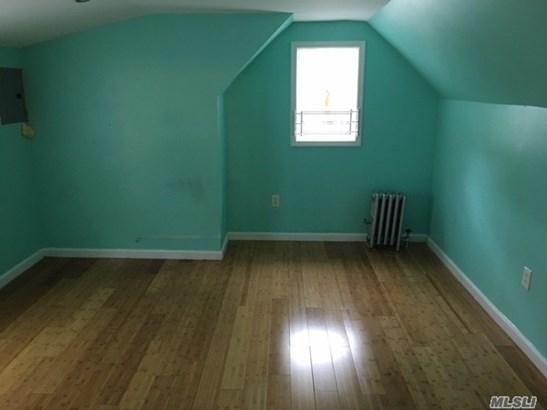 Rental Home, Cape - Jamaica, NY (photo 5)