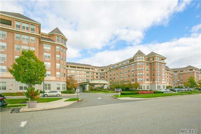 Residential, Condo - Port Washington, NY (photo 4)
