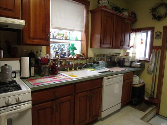 Residential, Ranch - Bellerose, NY (photo 2)