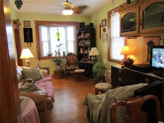 Residential, Ranch - Bellerose, NY (photo 4)