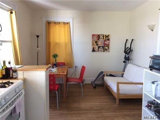 Rental Home, Apt In Bldg - Mineola, NY (photo 3)
