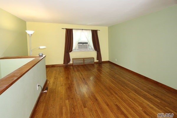 Co-Op, Residential - Queens Village, NY (photo 2)