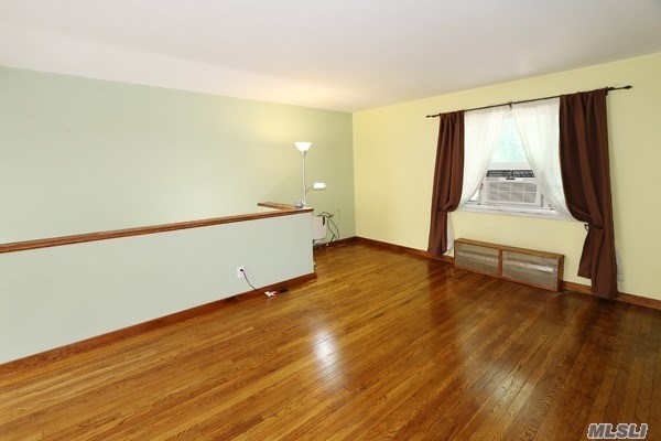 Co-Op, Residential - Queens Village, NY (photo 4)