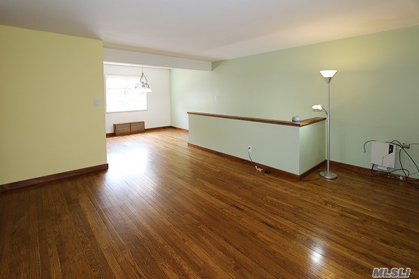 Co-Op, Residential - Queens Village, NY (photo 5)