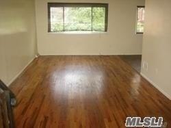 Rental Home, Split - Douglaston, NY (photo 2)