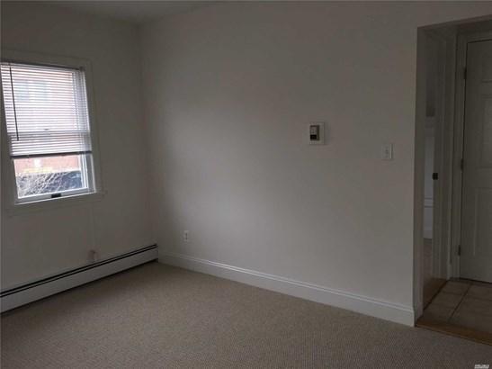 Rental Home, Apt In House - Mineola, NY (photo 4)