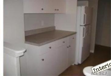 Rental Home, Apt In Bldg - Elmhurst, NY (photo 2)