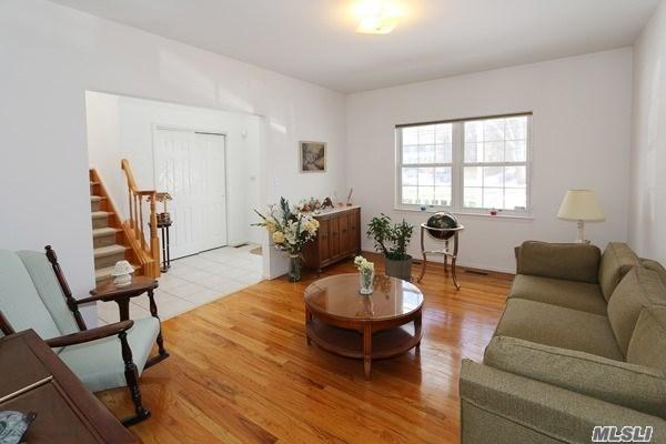 Residential, Colonial - Huntington Sta, NY (photo 4)