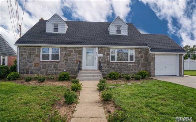Residential, Cape - W. Hempstead, NY (photo 2)