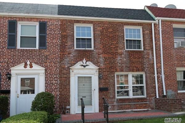 Residential, Colonial - Whitestone, NY (photo 2)