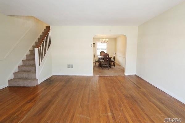 Residential, Colonial - Whitestone, NY (photo 4)