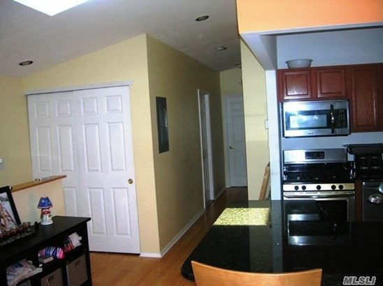Rental Home, Apt In House - Queens Village, NY (photo 5)