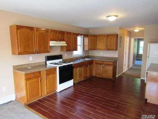 Rental Home, Colonial - Bellerose, NY (photo 2)