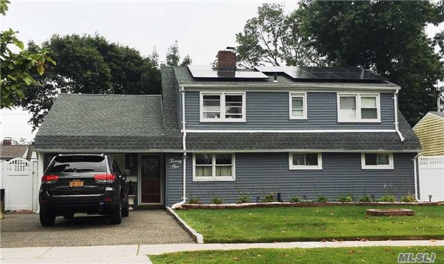 Exp Ranch, Residential - Levittown, NY (photo 1)