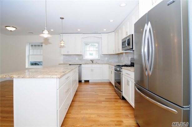 Residential, Cape - Mineola, NY (photo 4)