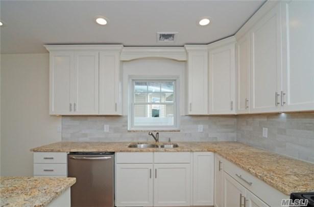 Residential, Cape - Mineola, NY (photo 5)