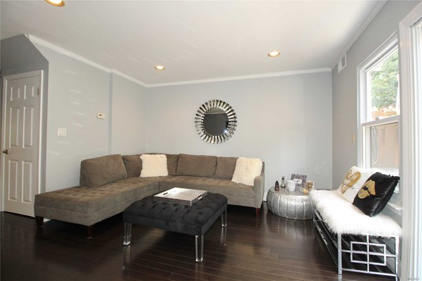 Residential, Condo - Woodbury, NY (photo 4)