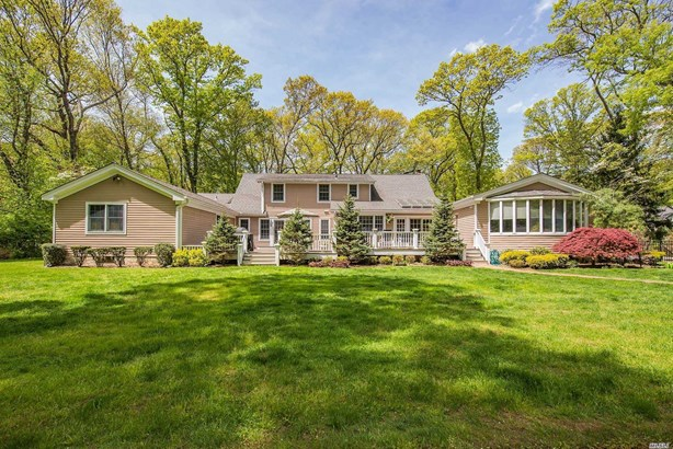Residential, Farm Ranch - Muttontown, NY