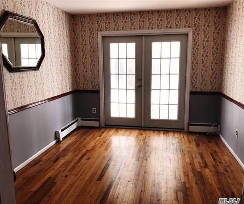 Rental Home, Colonial - Huntington Sta, NY (photo 4)