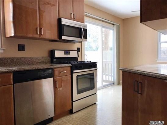 Rental Home, Colonial - Huntington Sta, NY (photo 5)