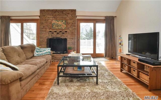 Residential, Contemporary - Bayville, NY (photo 4)