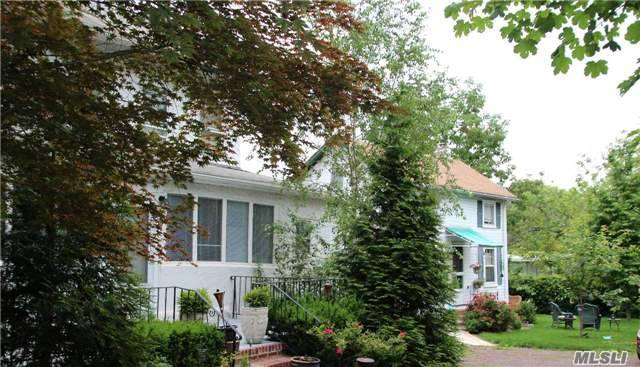 Colonial, Multi-Family - Great Neck, NY (photo 1)