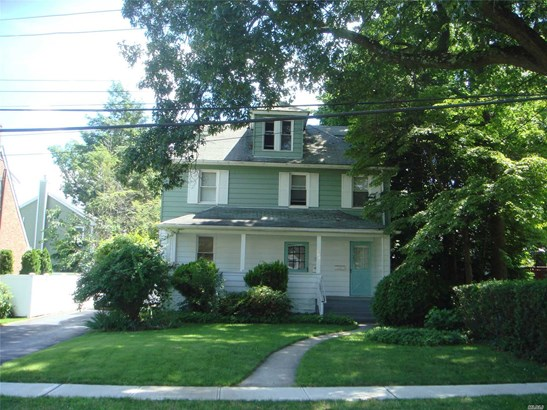 Rental Home, House Rental - Roslyn Heights, NY (photo 2)