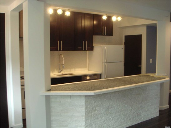 Rental Home, House Rental - Roslyn Heights, NY (photo 5)