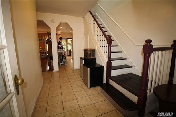 Townhouse, Residential - St. Albans, NY (photo 2)