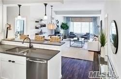 Rental Home, Apt In Bldg - Amityville, NY (photo 1)