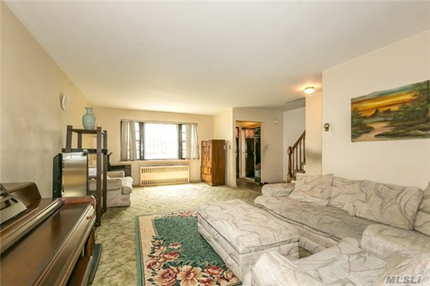 Townhouse, Residential - Jackson Heights, NY (photo 2)