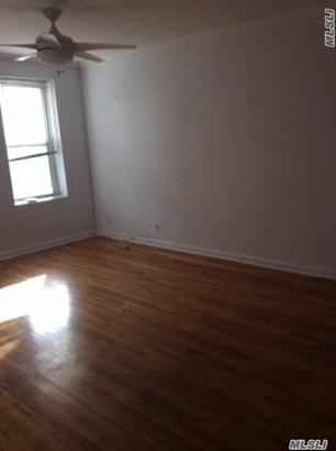 Residential, Condo - Jackson Heights, NY (photo 4)
