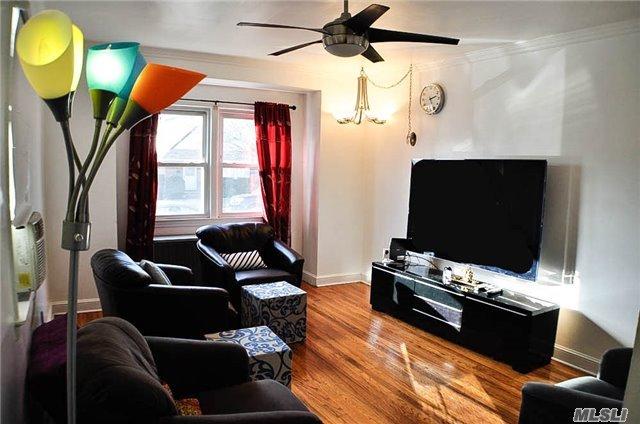 Residential, Cape - New Hyde Park, NY (photo 3)