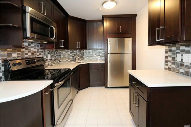 Rental Home, Condo - Great Neck, NY (photo 1)