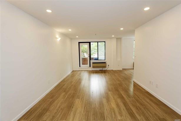 Rental Home, Condo - Great Neck, NY (photo 3)