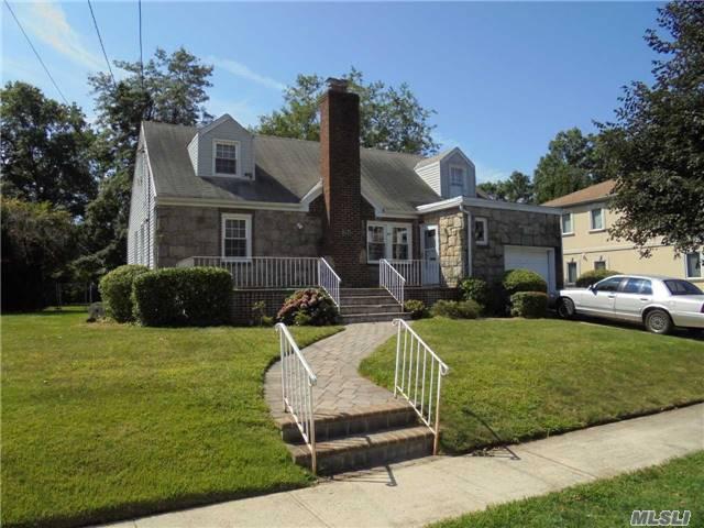 68 Melvin Ave, Lakeview, NY - USA (photo 1)