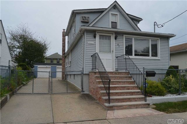 Residential, Colonial - Elmont, NY (photo 1)