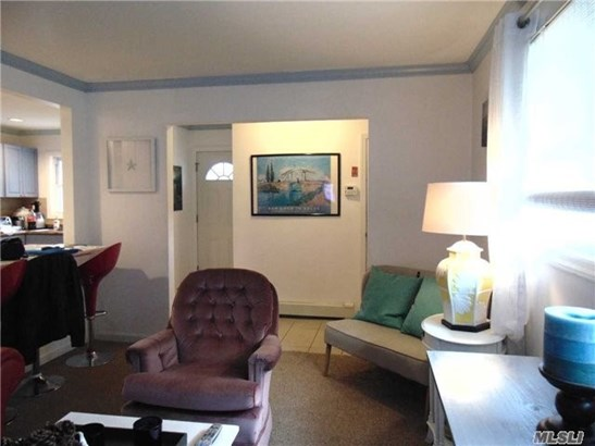 Rental Home, Ranch - Shirley, NY (photo 4)