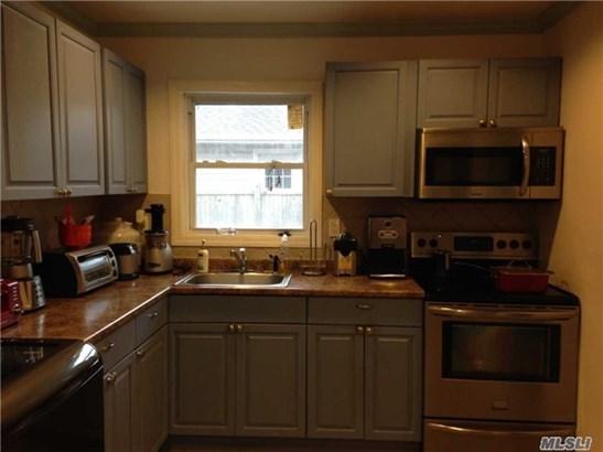 Rental Home, Ranch - Shirley, NY (photo 5)
